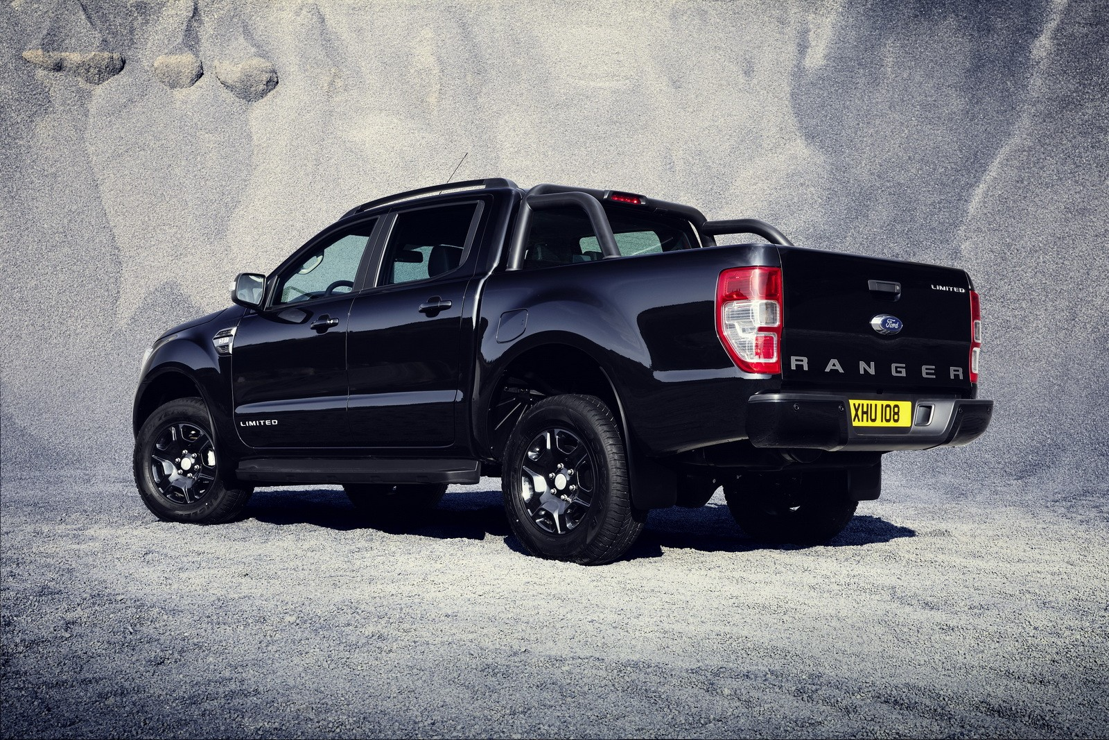 2018 ford ranger black edition limited to 2 500 units autoevolution. Black Bedroom Furniture Sets. Home Design Ideas