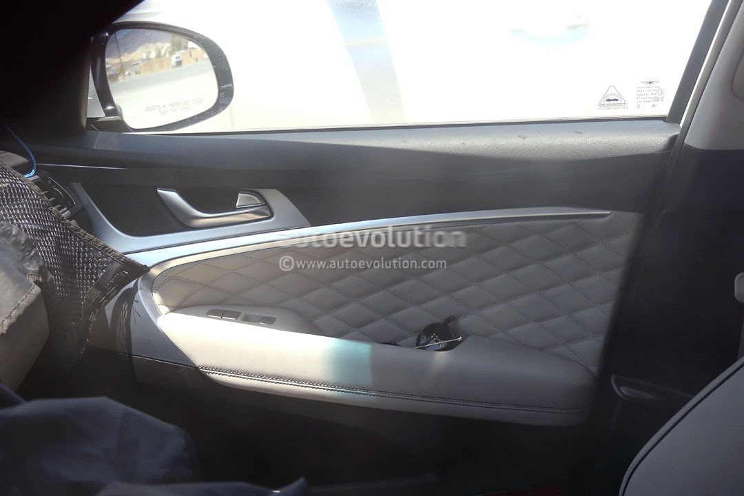 2018 Genesis G70 Interior Spied Doesn T Look Upmarket