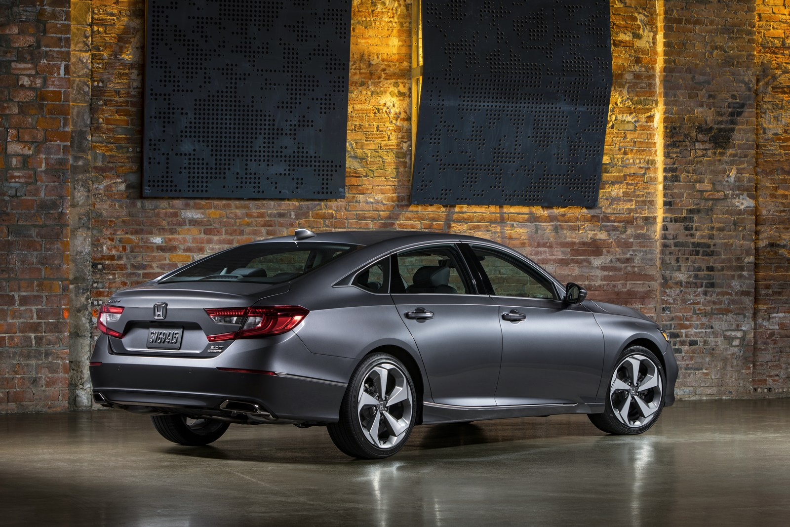 2018 Honda Accord Hybrid Fuel Economy EPA-rated At 47 MPG Combined - autoevolution