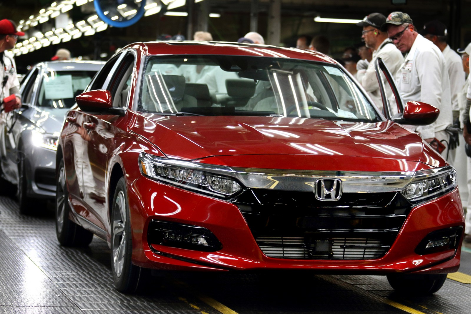 honda production Honda will sporadically halt production if its accord sedan and coupe over the next four months due to slow sales.