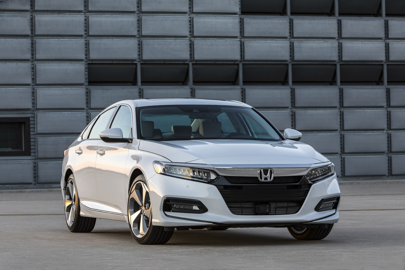 2018 honda accord type r gets closer to reality thanks to. Black Bedroom Furniture Sets. Home Design Ideas