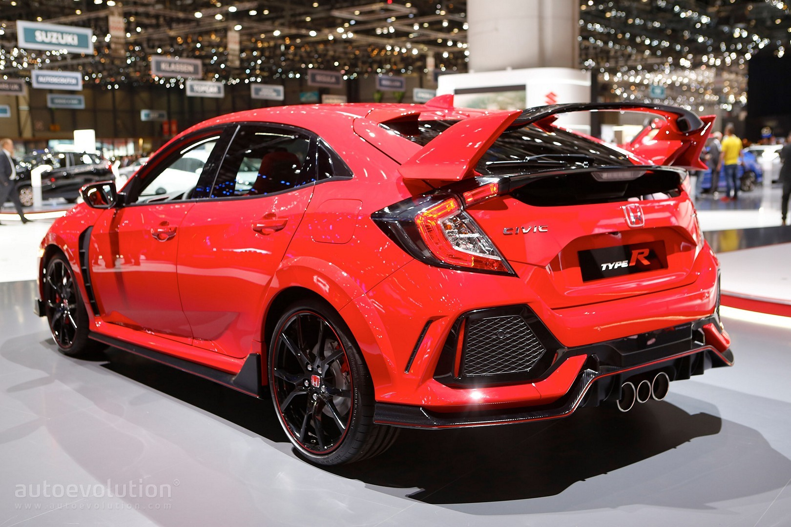 2018 honda civic type r makes production debut in geneva