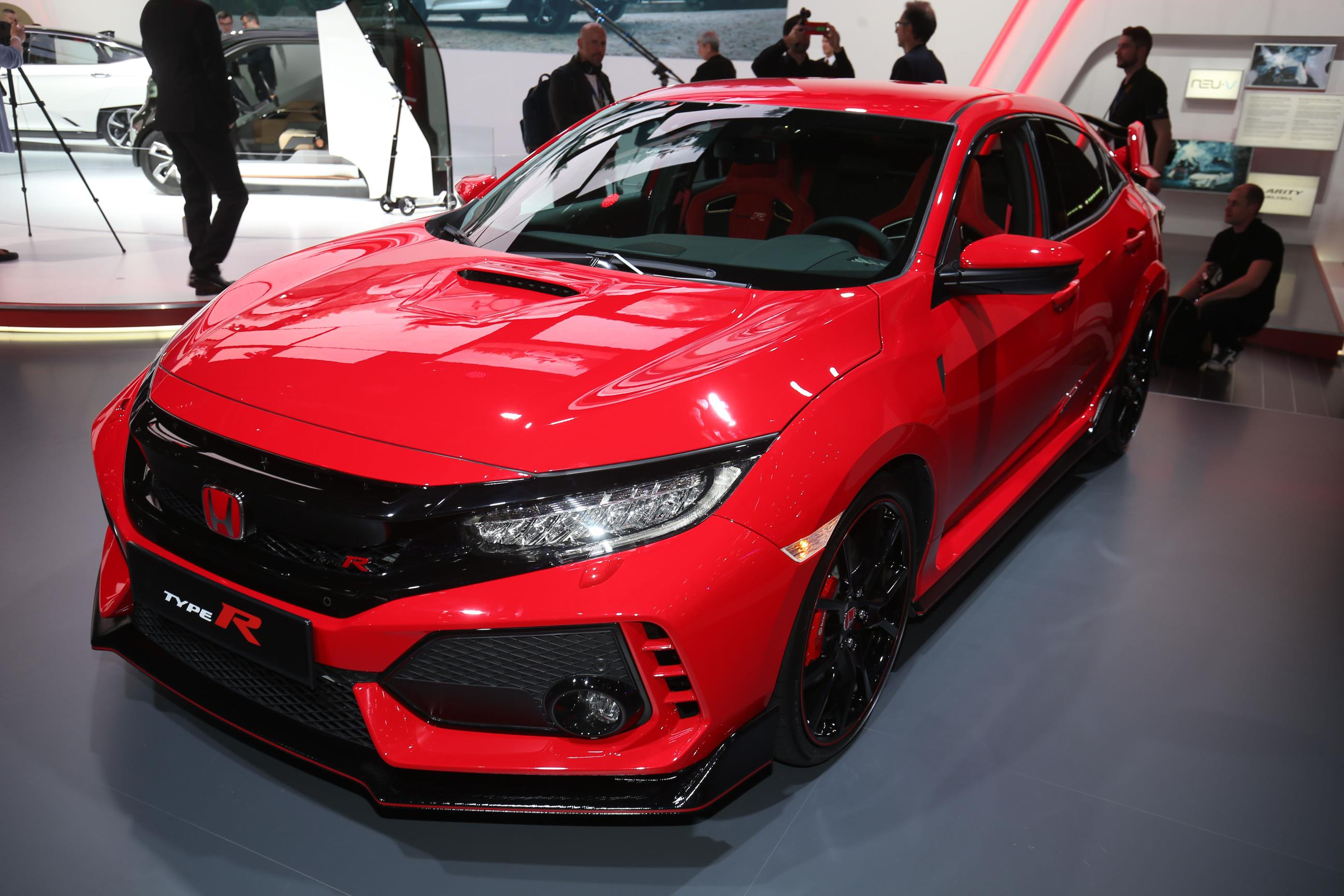 2018 Honda Civic Type R Makes Production Debut In Geneva
