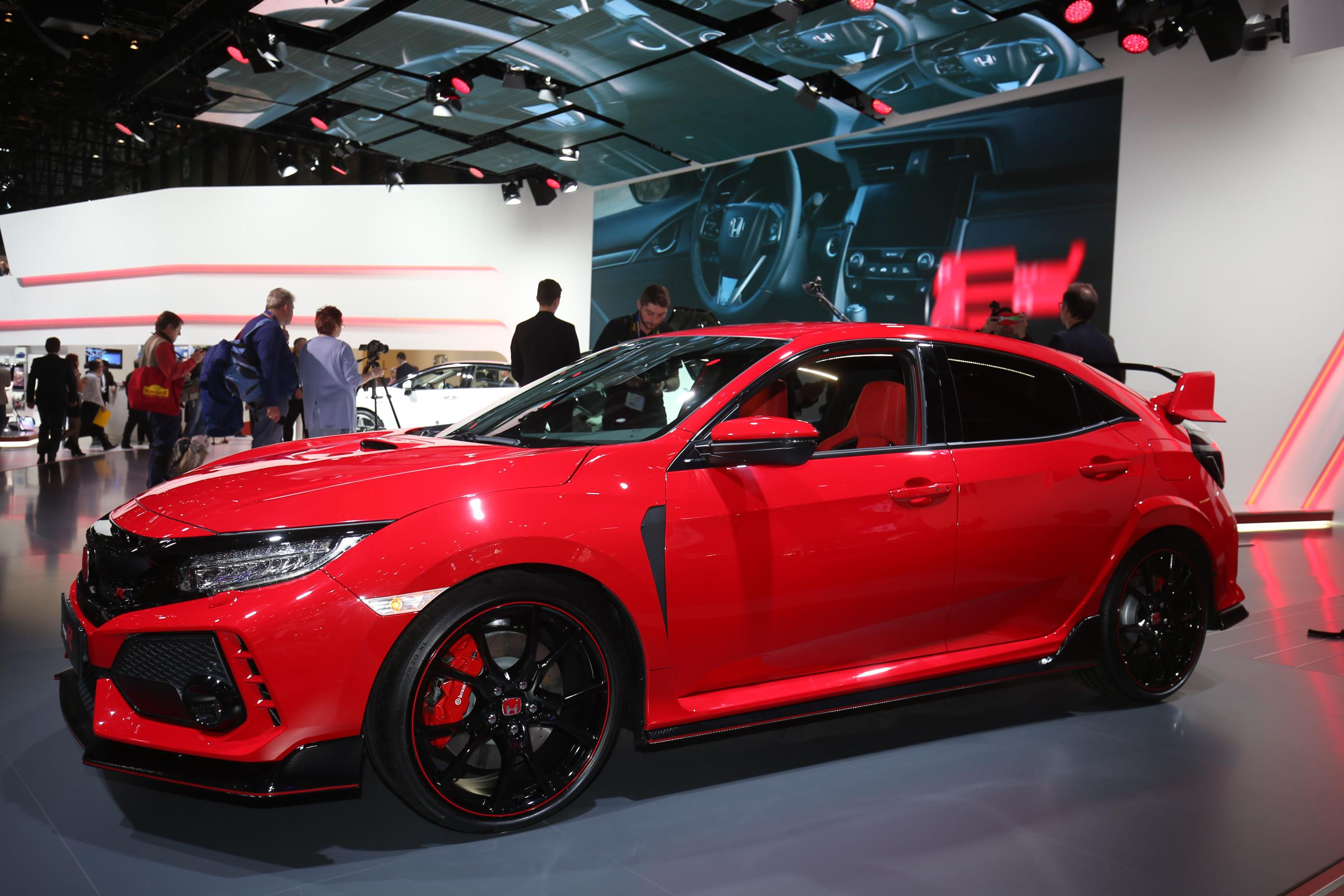 2018 honda civic type r makes production debut in geneva. Black Bedroom Furniture Sets. Home Design Ideas