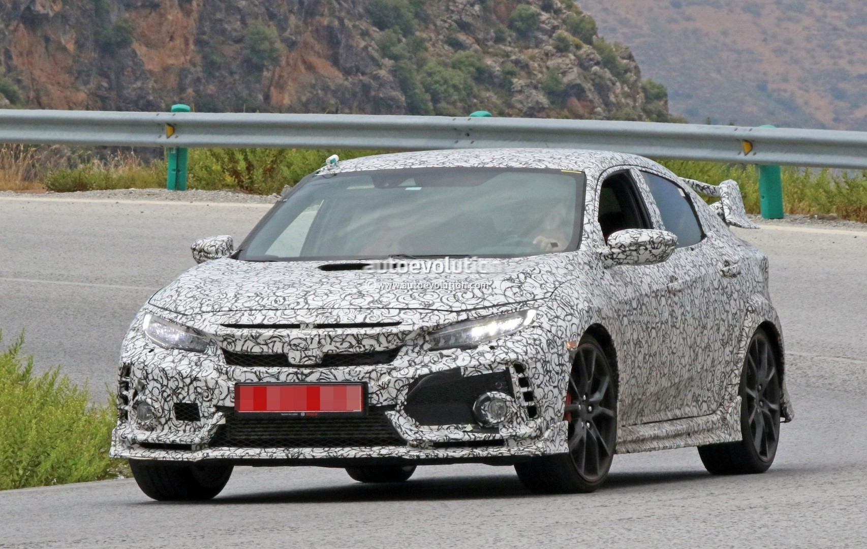 2018 honda civic type r spied gets closer to us debut autoevolution. Black Bedroom Furniture Sets. Home Design Ideas