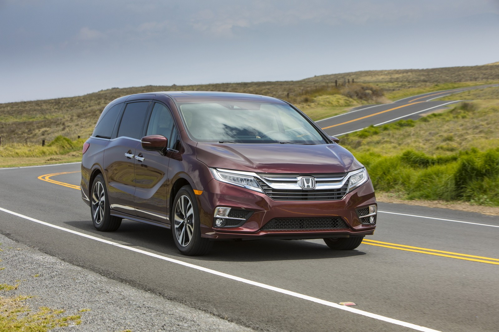 Minivan For Sale >> 2018 Honda Odyssey Goes on Sale Starting at $29,990 - autoevolution