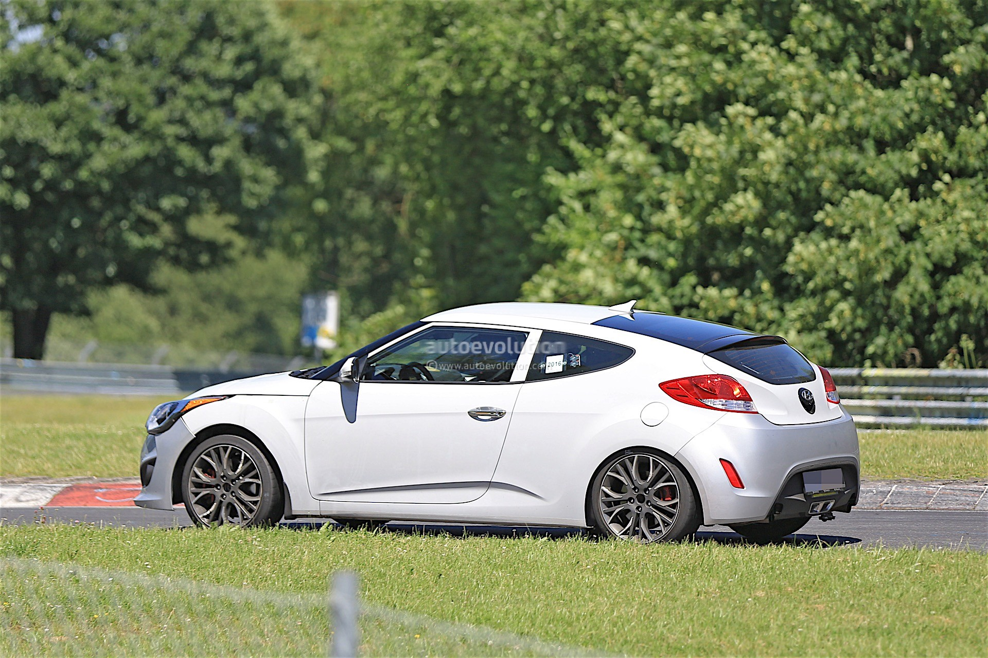 Hyundai Rm16 >> 2018 Hyundai Veloster Spied, Could Get Independent Rear Suspension - autoevolution