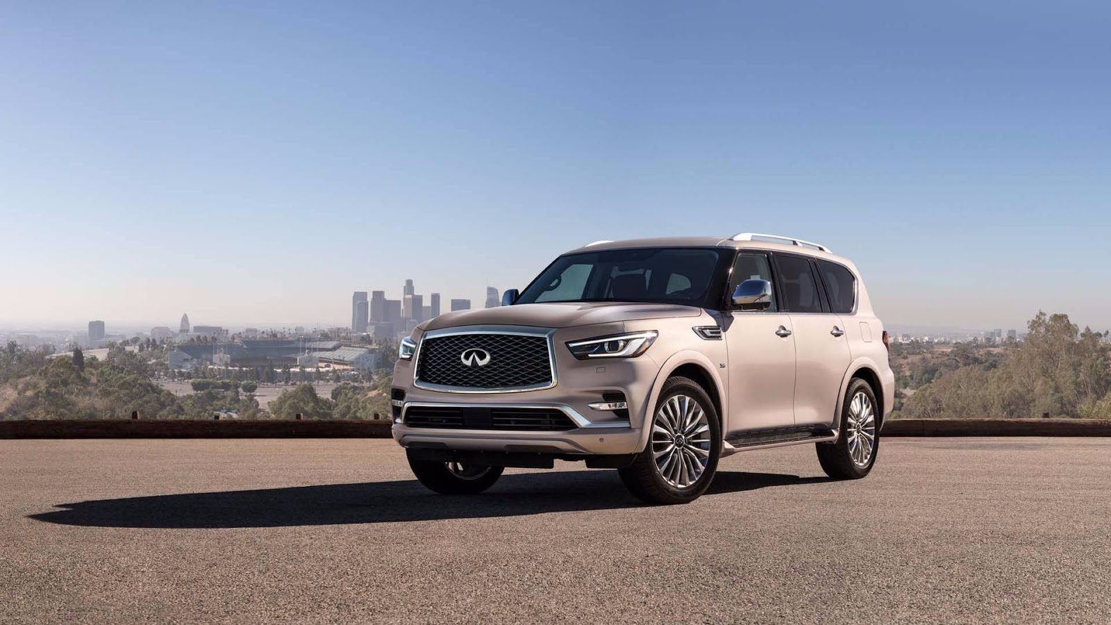 2018 infiniti qx80 facelift retails at 64 750 autoevolution. Black Bedroom Furniture Sets. Home Design Ideas