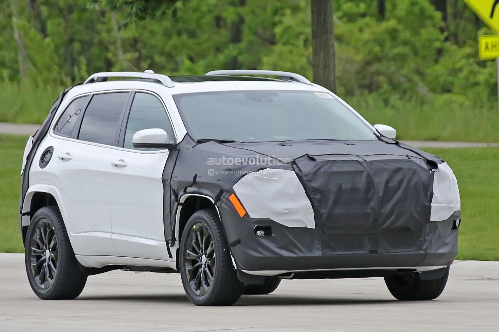2018 jeep cherokee prototype hints at single-unit headlights