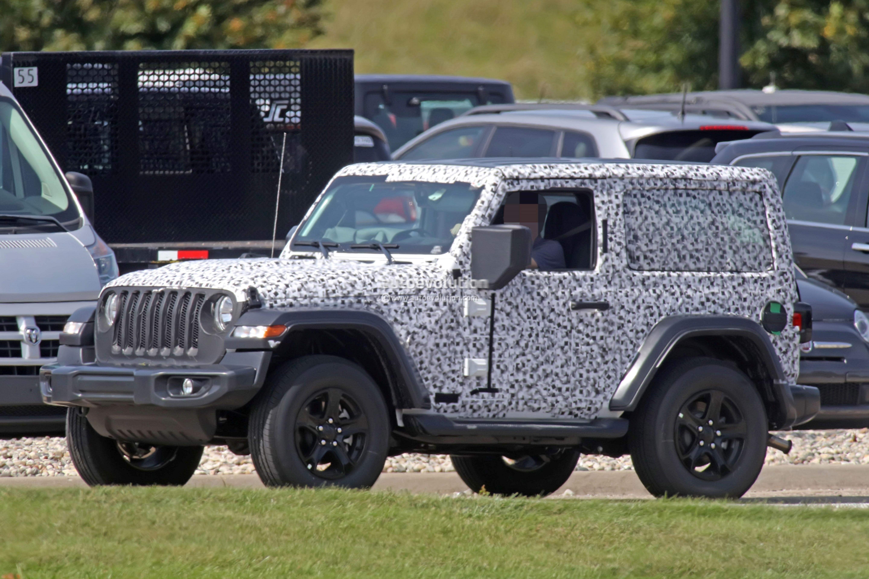 spyshots 2018 jeep wrangler jl reveals grille and headlights autoevolution. Black Bedroom Furniture Sets. Home Design Ideas
