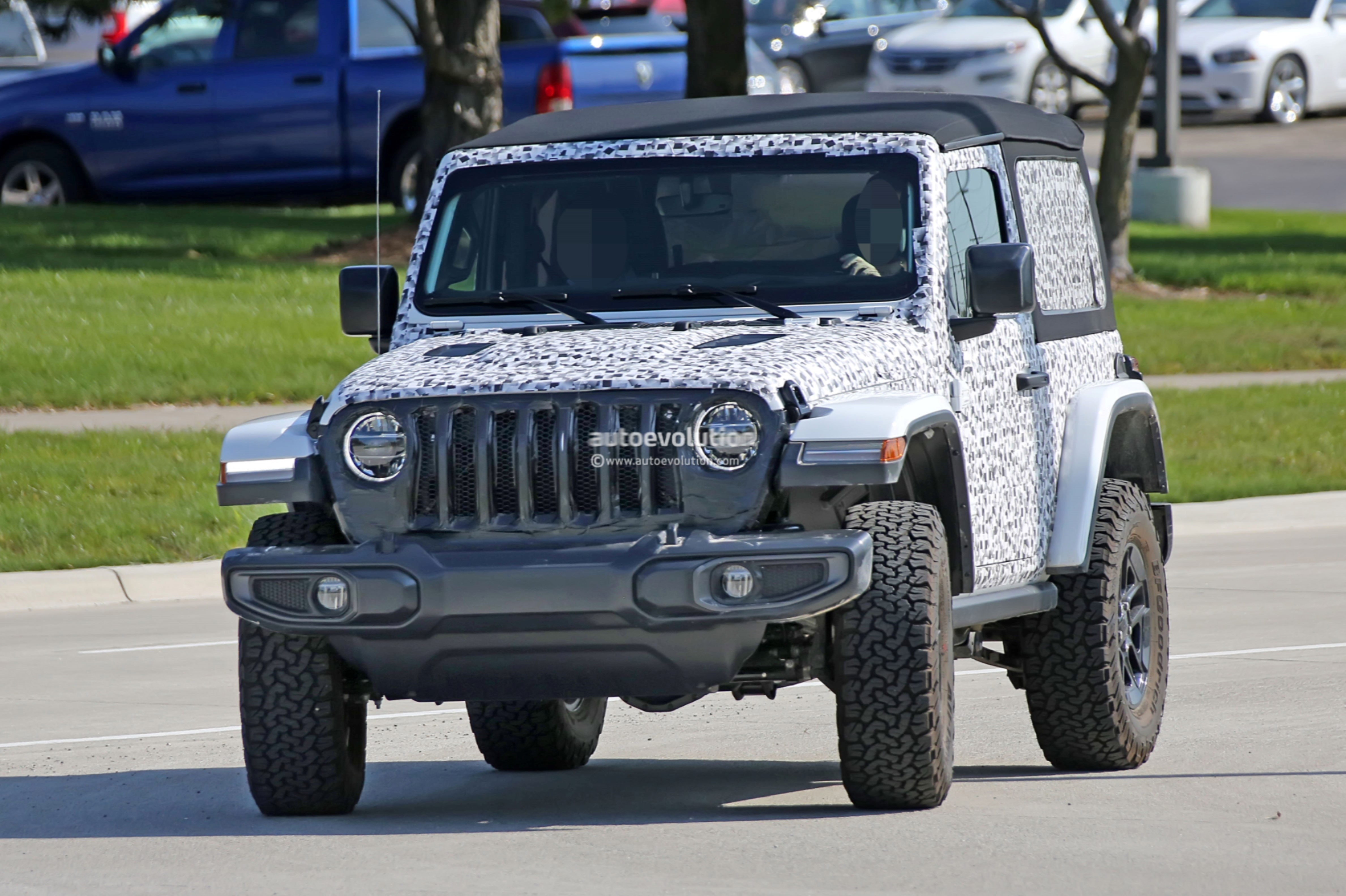 cars capability adds loses sale weight first look losngelsuto for wrangler money story jeep phelan show door mark