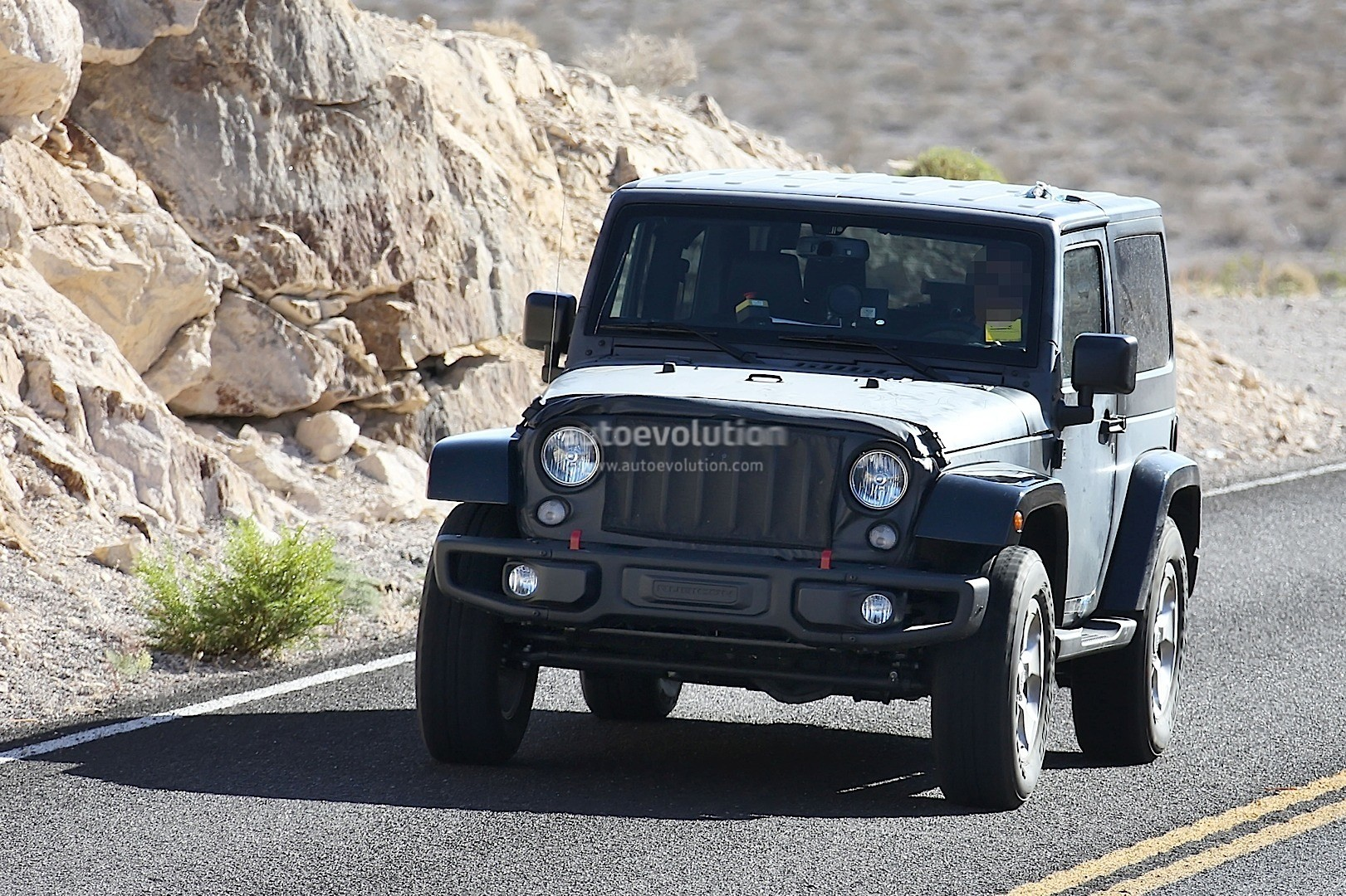 Jeep Wrangler Jl Shows Its Hurricane Turbo Engine on 2016 Jeep Renegade Engine