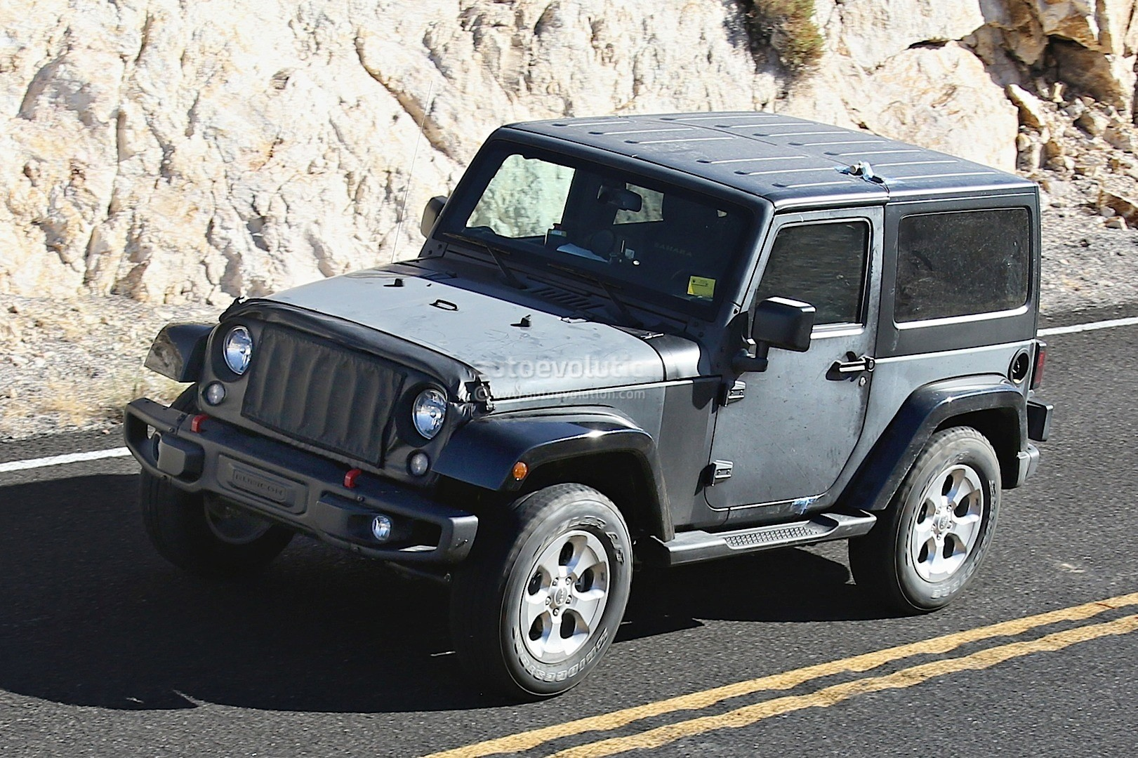 ... 2018 Jeep Wrangler spyshot ...