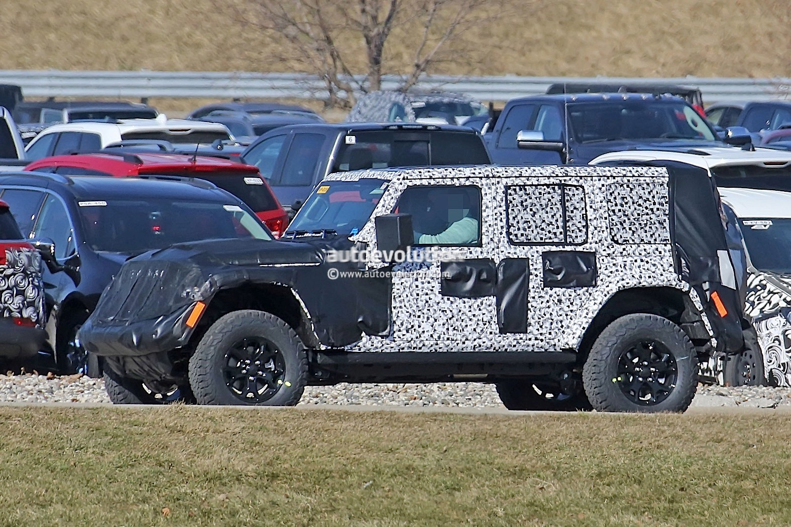 2018 jl wrangler unlimited rubicon leaked has fully removable roof and doors autoevolution. Black Bedroom Furniture Sets. Home Design Ideas