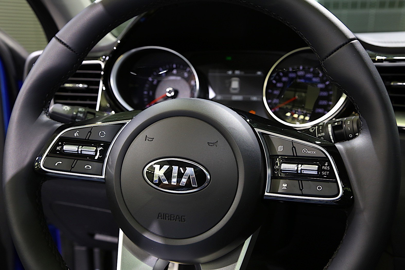 2018 kia ceed going mild hybrid plug in hybrid considered autoevolution. Black Bedroom Furniture Sets. Home Design Ideas