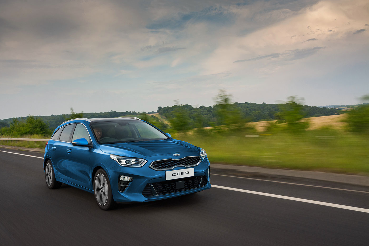2018 kia ceed sw will join the hatchback at the geneva motor show autoevolution. Black Bedroom Furniture Sets. Home Design Ideas