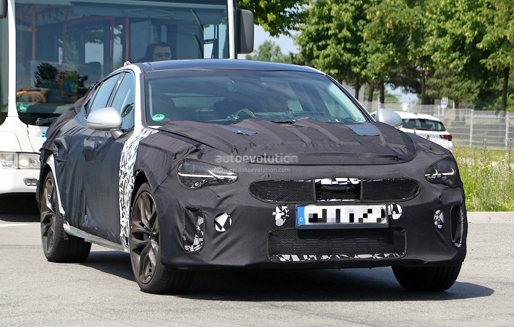 2018 Kia GT Spied in Germany, Could to Be Called Stinger ...