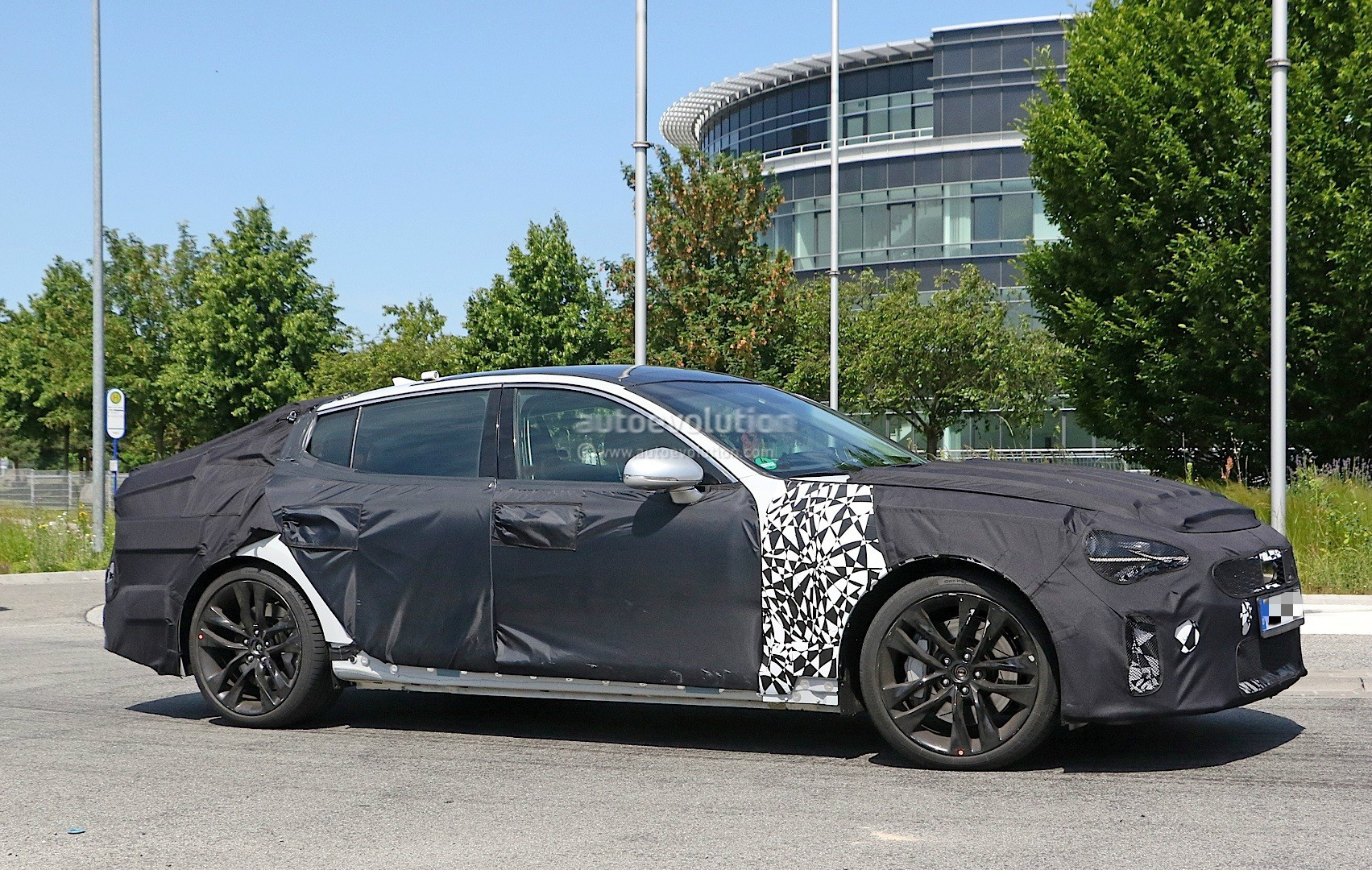 2018 kia gt spied in germany could to be called stinger autoevolution. Black Bedroom Furniture Sets. Home Design Ideas