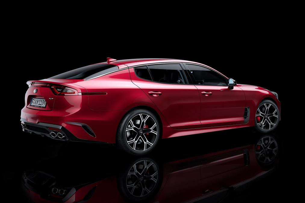 2018 kia stinger sounds a bit tame autoevolution. Black Bedroom Furniture Sets. Home Design Ideas
