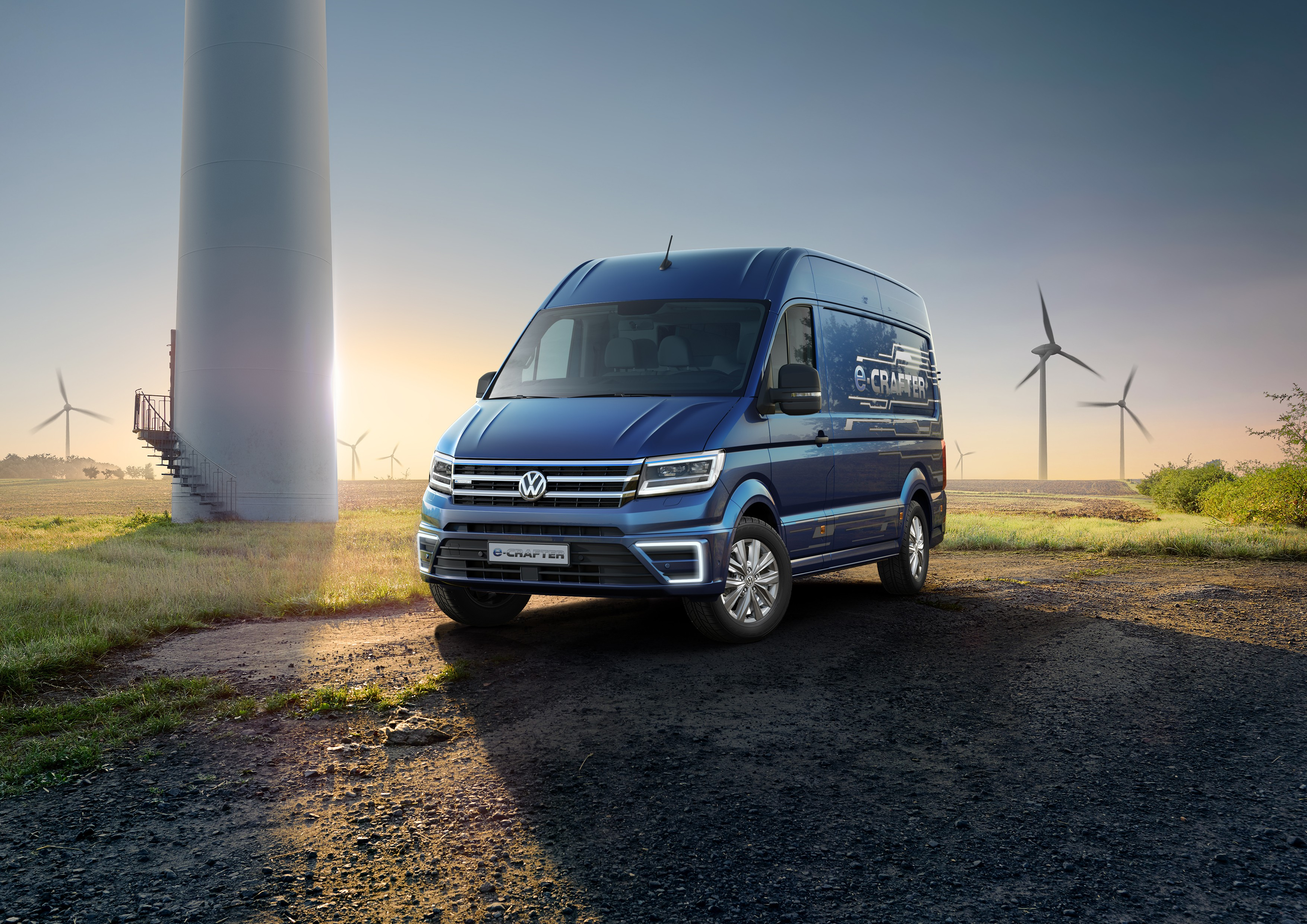 Commercial Van Interiors >> 2018 MAN eTGE is Your Alternative to The Volkswagen e ...