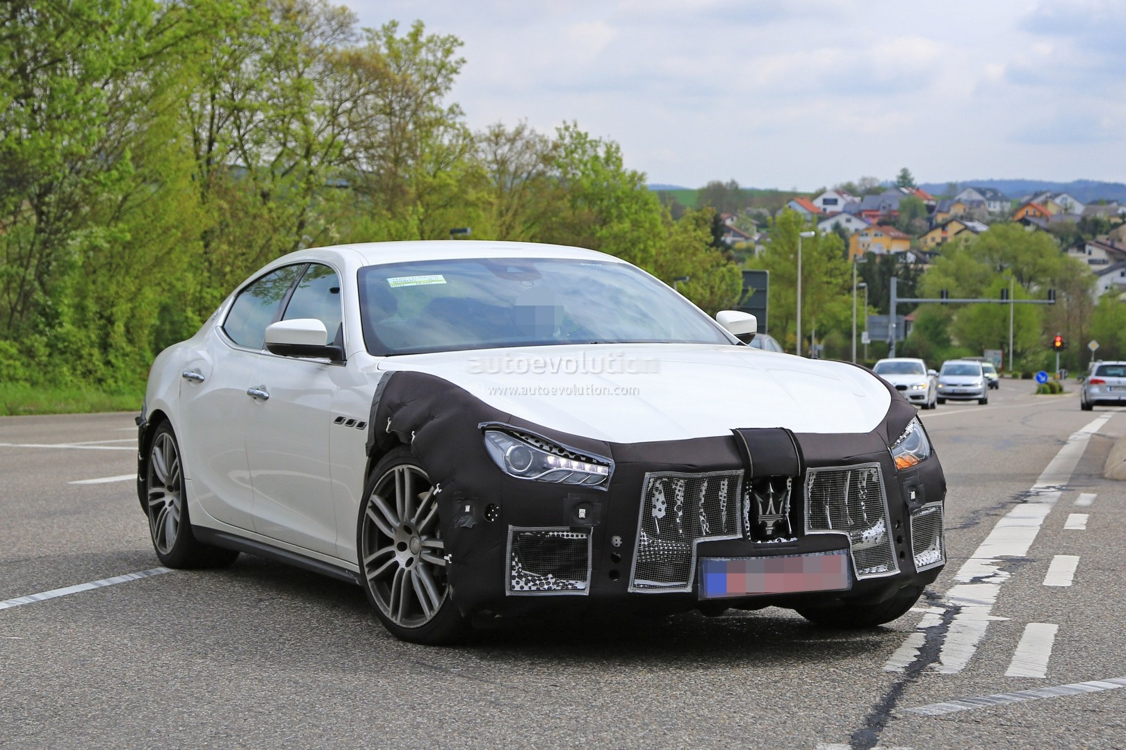 2018 maserati ghibli facelift spied up close is this the new 450 hp top dog autoevolution. Black Bedroom Furniture Sets. Home Design Ideas