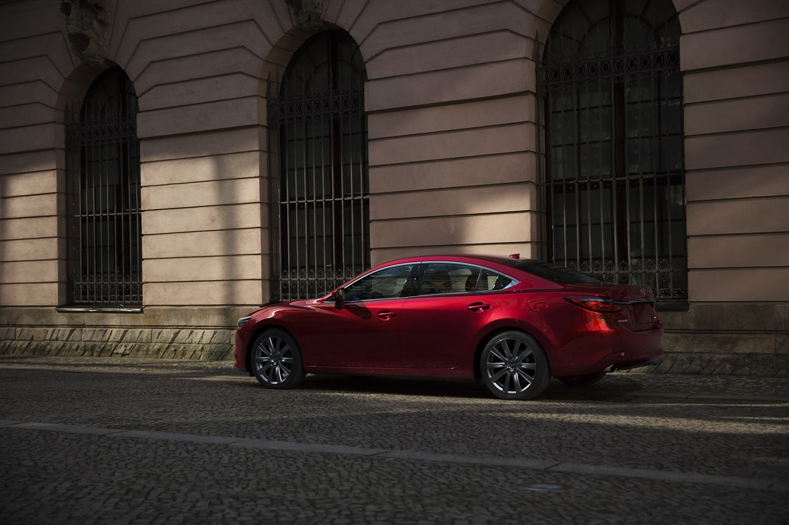 ... Refreshed 2018 Mazda6 Gets 250 HP Turbo Engine And New Interior ...