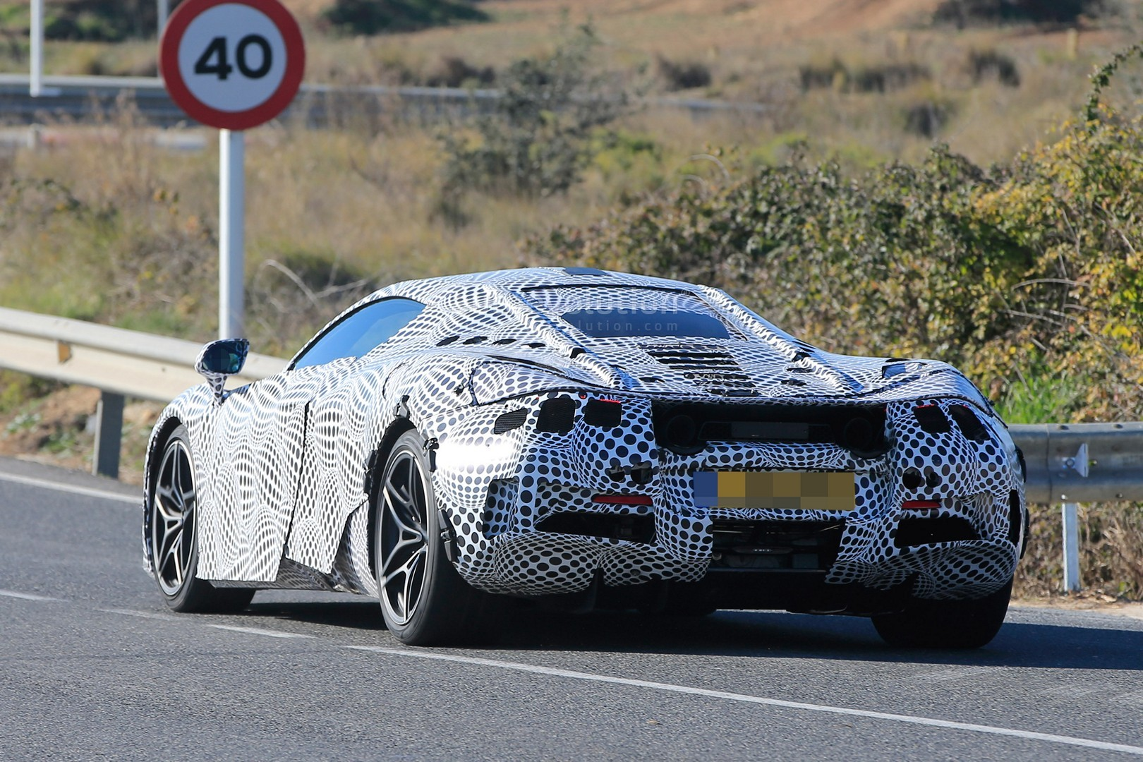 2018 Mclaren 720s P14 Spied With Black And White