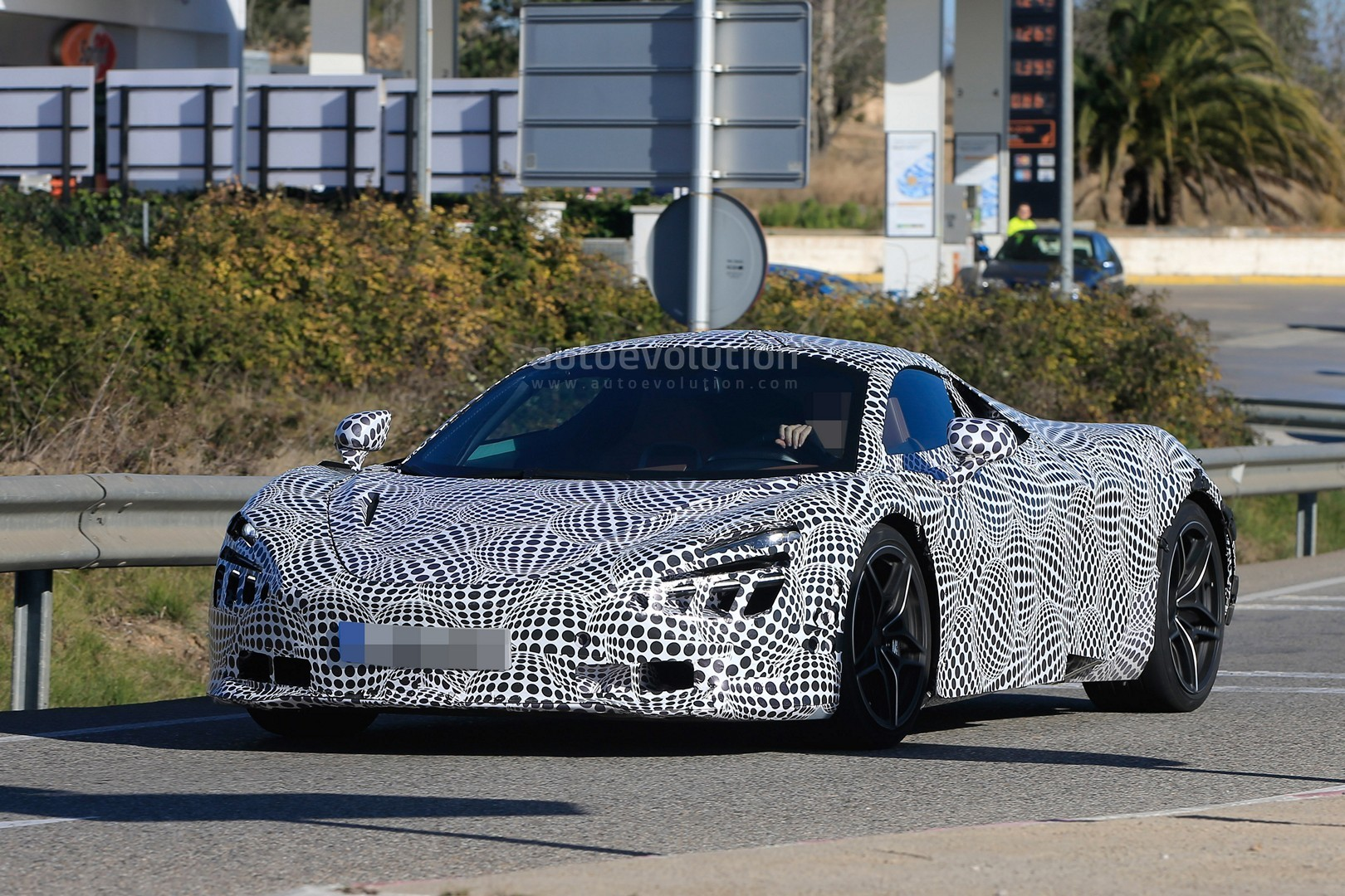 2018 mclaren 720s black. simple 720s 2018 mclaren 720s p14 spied with black and white camouflage throughout mclaren 720s black