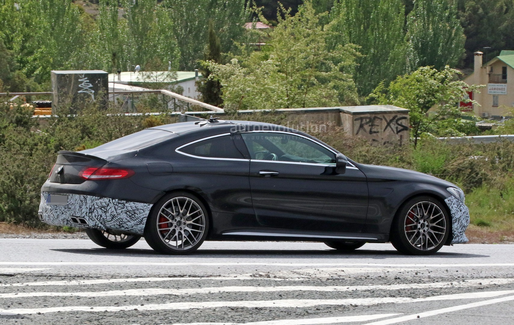 2018 mercedes amg c63 coupe facelift spied during tests in southern europe autoevolution. Black Bedroom Furniture Sets. Home Design Ideas