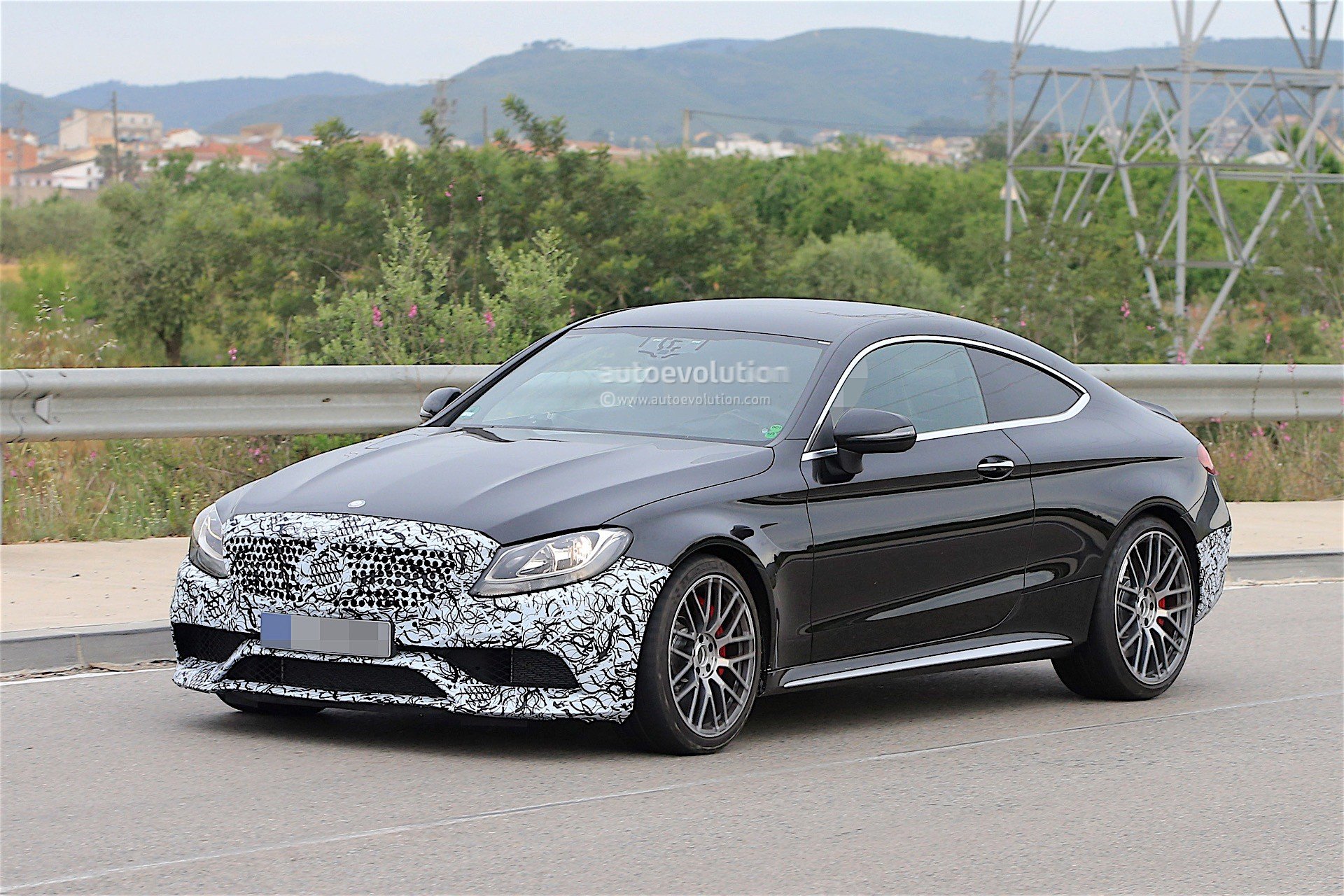 2018 Mercedes-AMG C63 Coupe Facelift Spied for the First ...