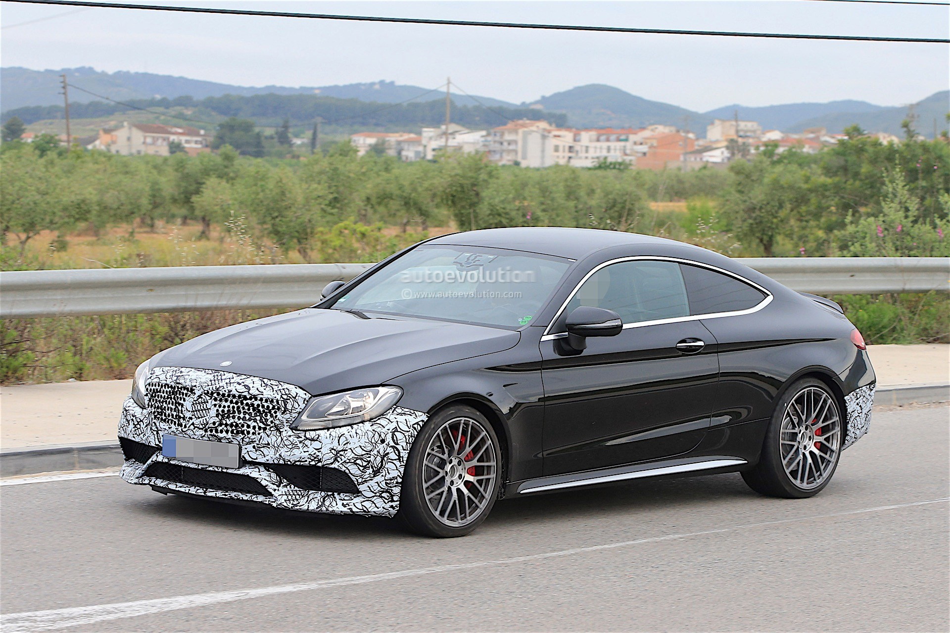 2018 Mercedes Amg C63 Coupe Facelift Spied For The First