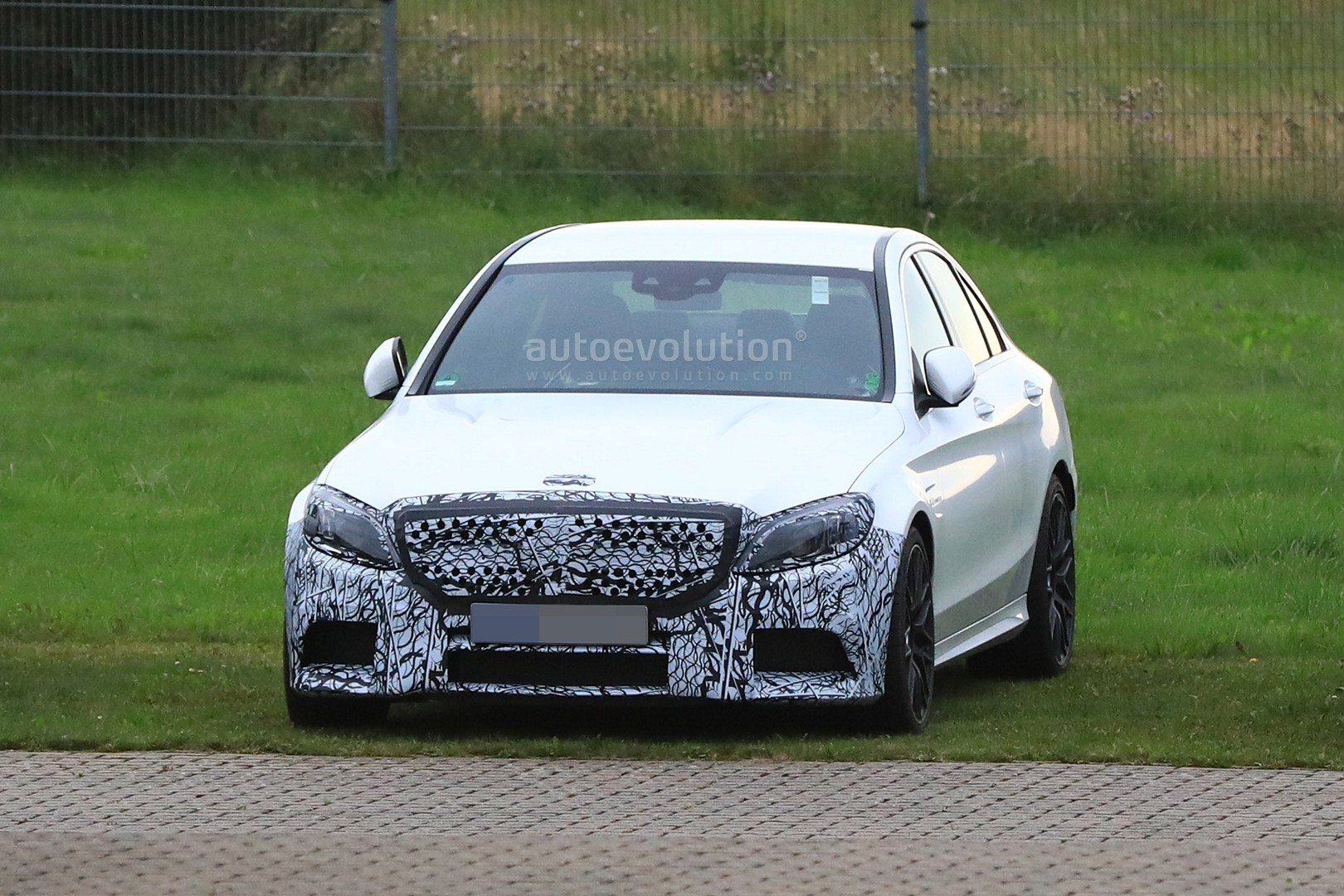 2018 mercedes benz amg c63 sedan. interesting amg new c63 facelift sedan and coupe spied with production bodies throughout 2018 mercedes benz amg c63 sedan