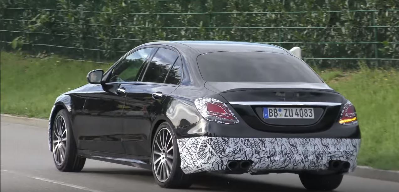 2018 mercedes amg c63 sedan sounds angry as prototype drives away autoevolution. Black Bedroom Furniture Sets. Home Design Ideas