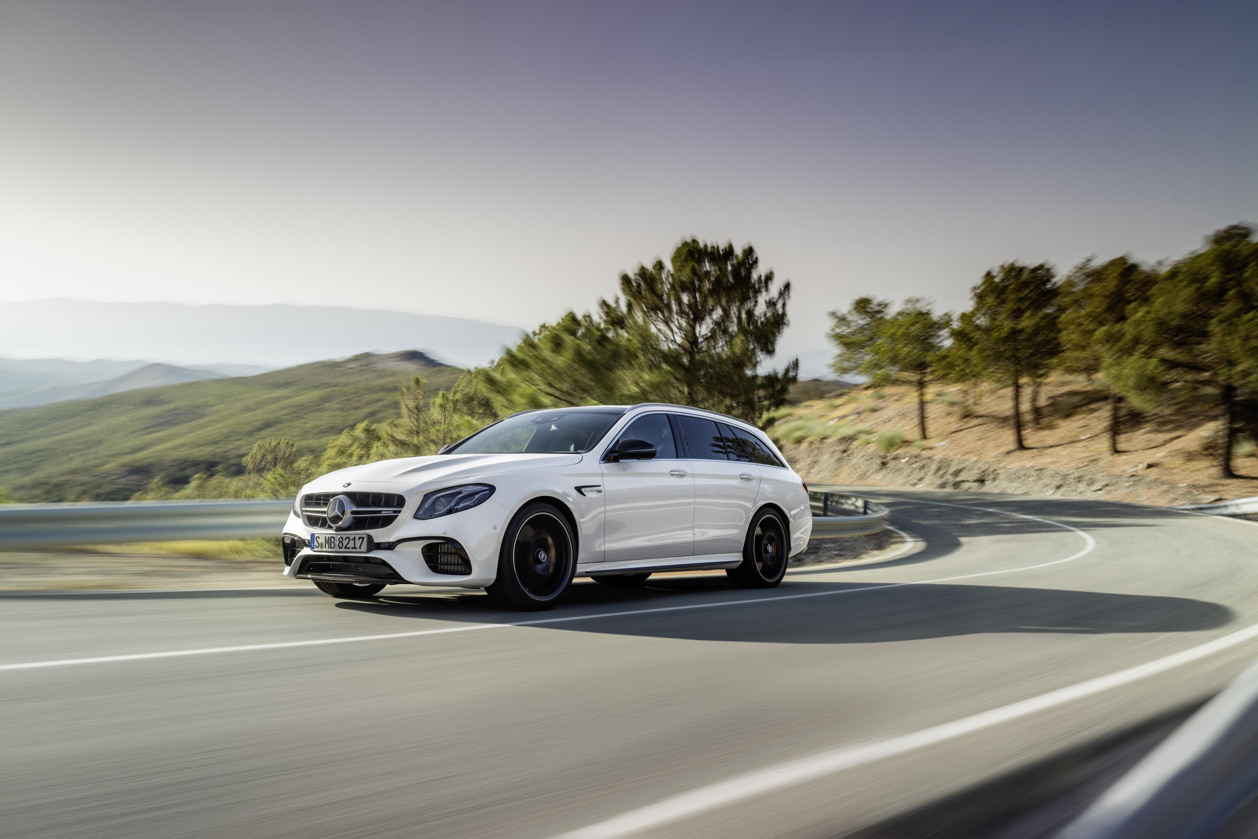 2018 Mercedes Amg E63 S 4matic T Modell Is The Maddest Station