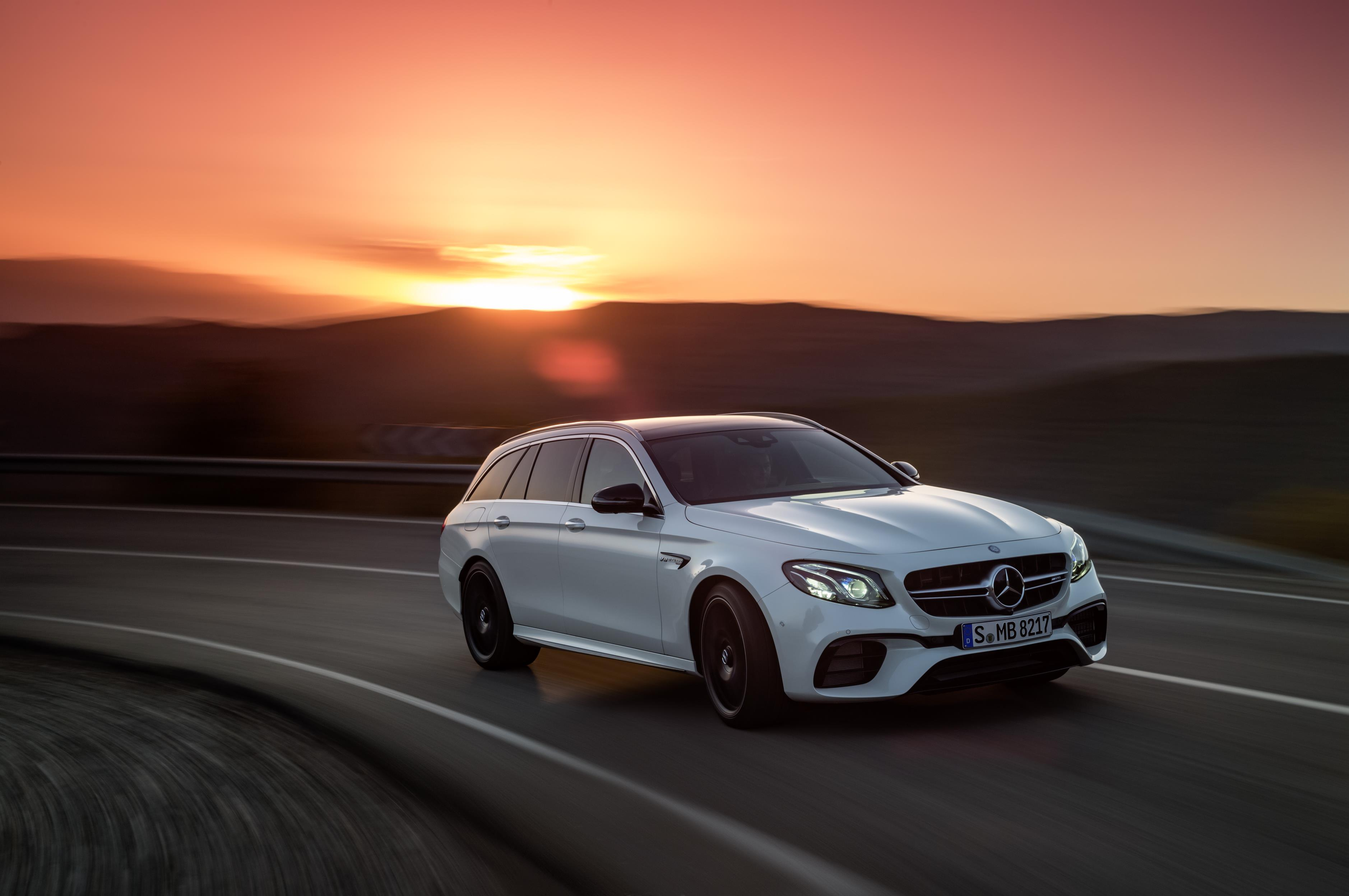 2018 mercedes amg e63 s 4matic t modell is the maddest. Black Bedroom Furniture Sets. Home Design Ideas