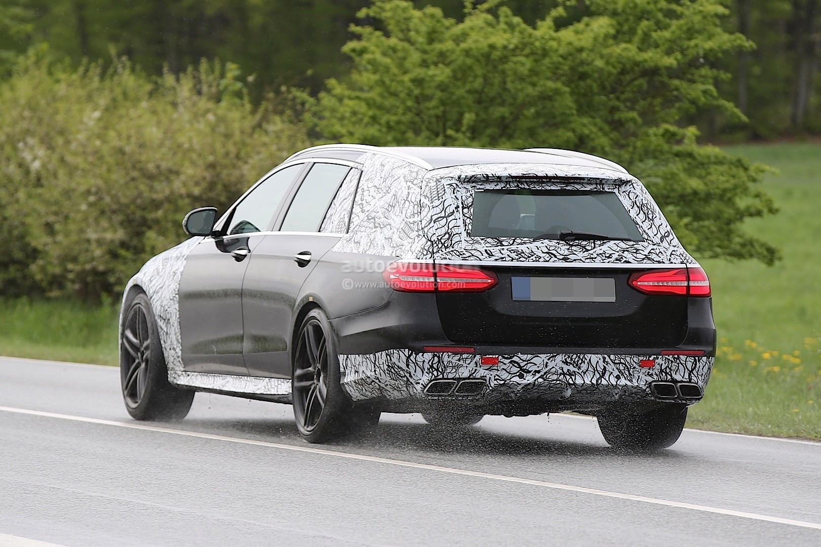 2018 Mercedes-AMG E63 Wagon Is Singing Almost Naked in the ...
