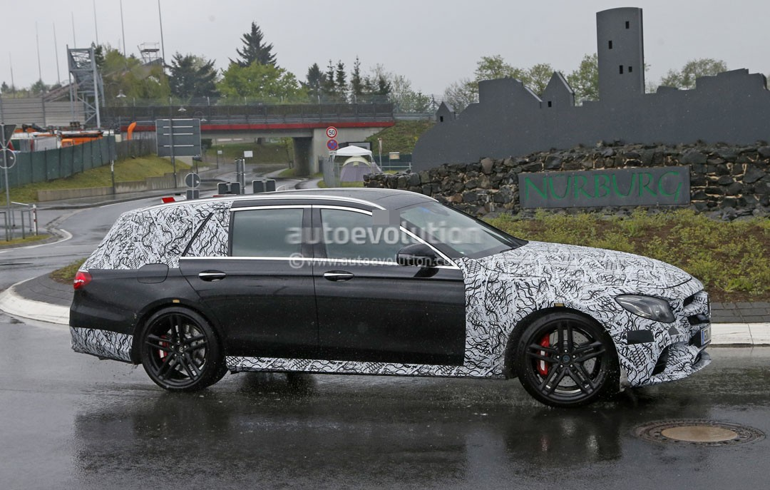 2018 mercedes amg e63 wagon is singing almost naked in the for Mercedes benz station wagon 2018