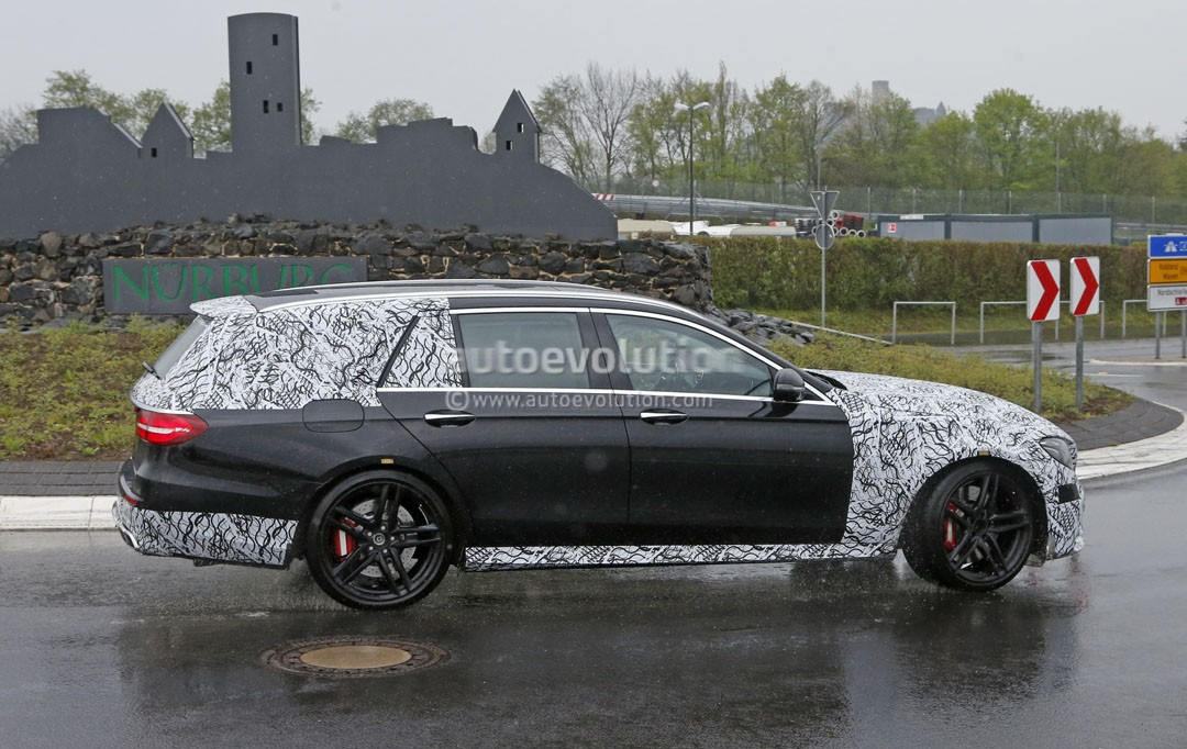 2018 mercedes amg e63 wagon is singing almost naked in the for Mercedes benz e63 amg wagon