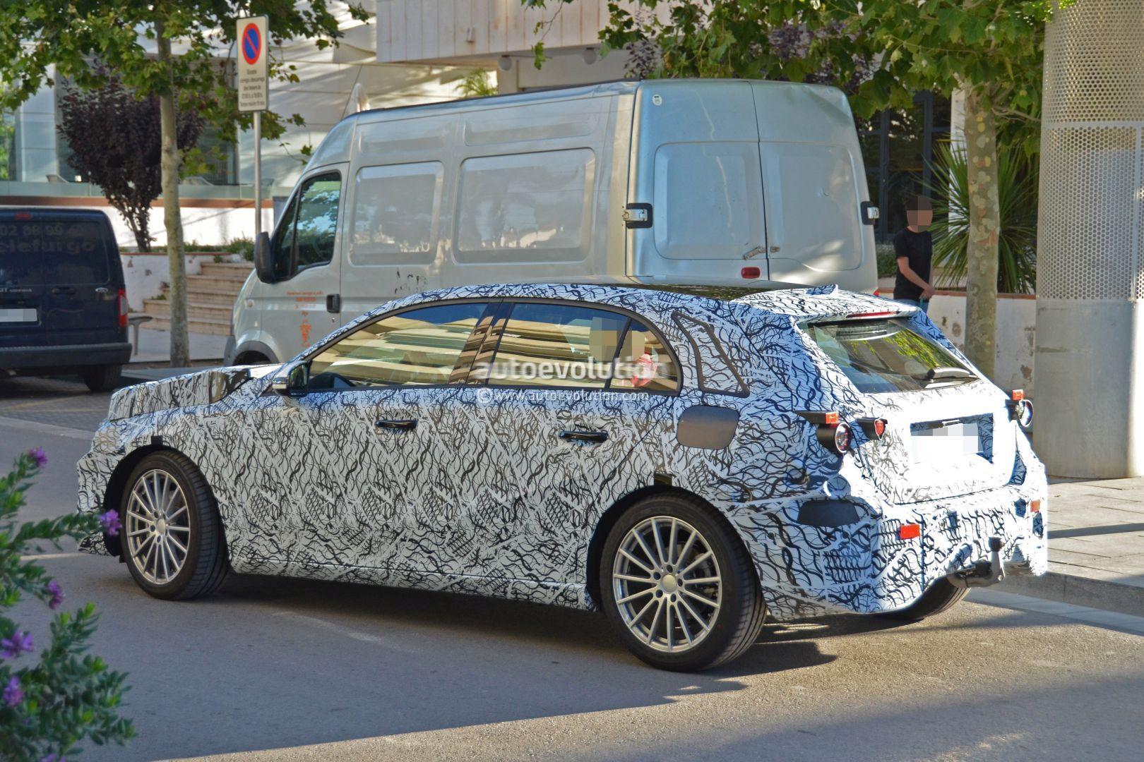 2018-mercedes-benz-a-class-prototype-rev