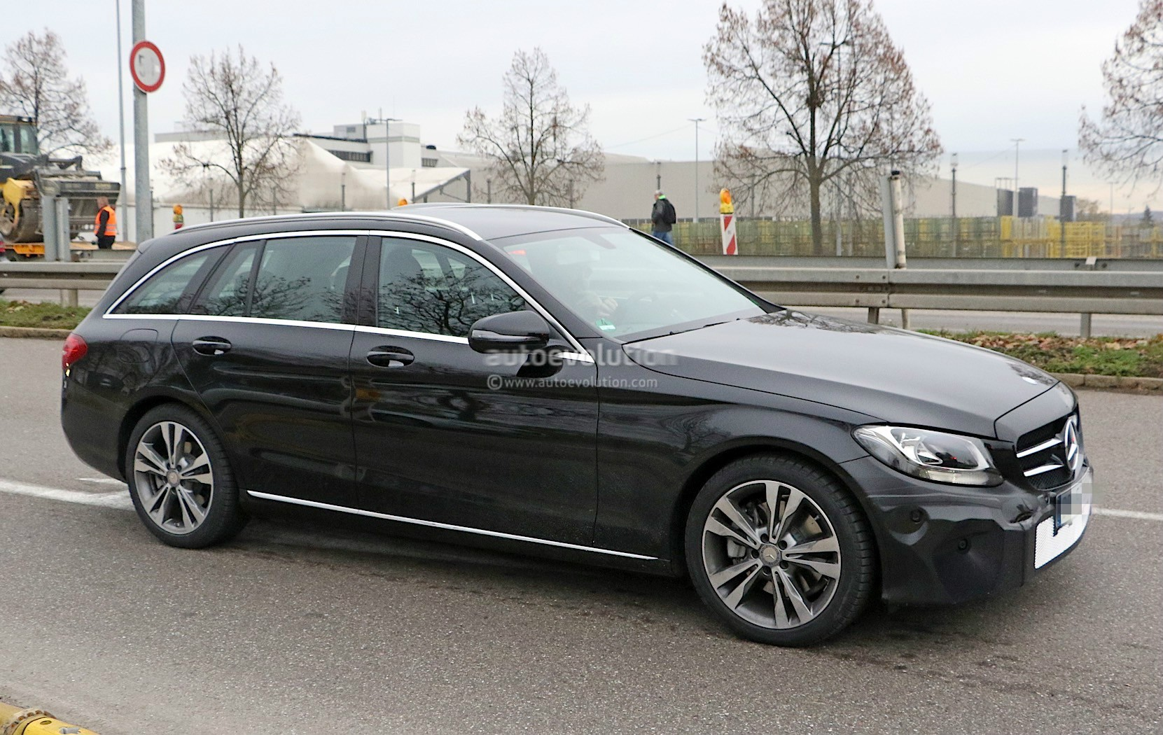 2018 mercedes benz c class facelift shows interior for the first time autoevolution