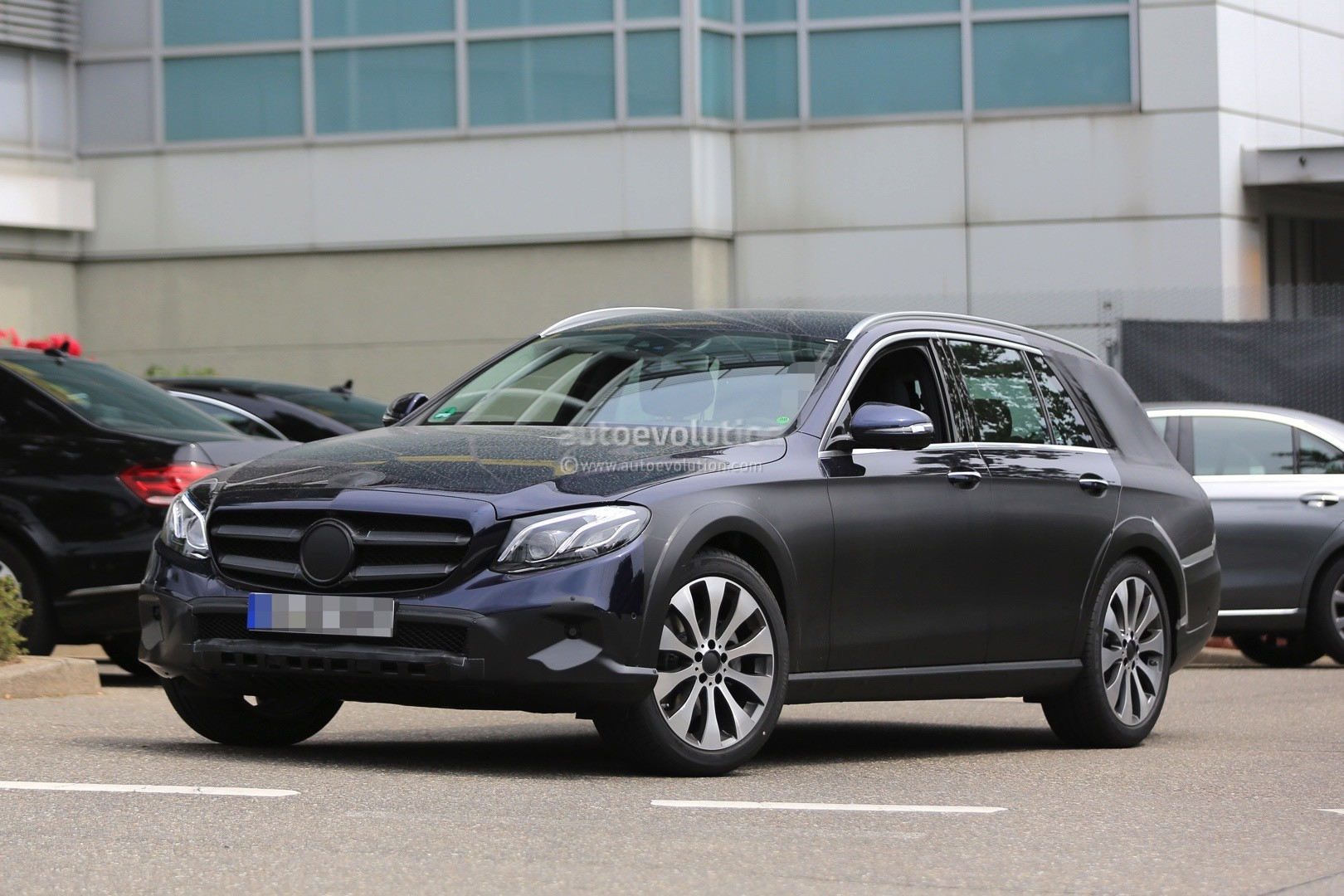 2017 mercedes benz e class all terrain x213 spied in germany autoevolution. Cars Review. Best American Auto & Cars Review