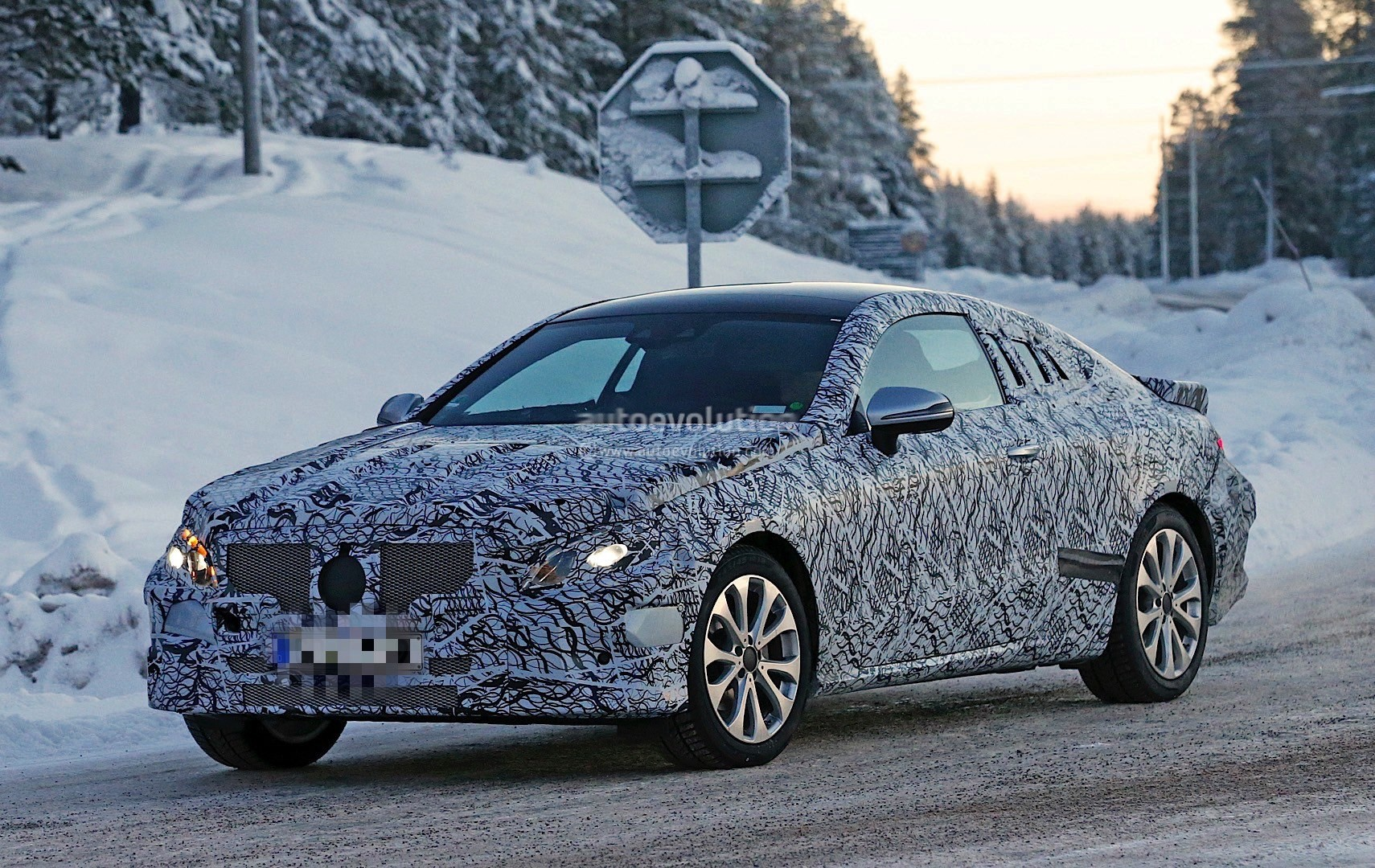 2018 MercedesBenz EClass Coupe Enjoys Some Camera Time Ahead of
