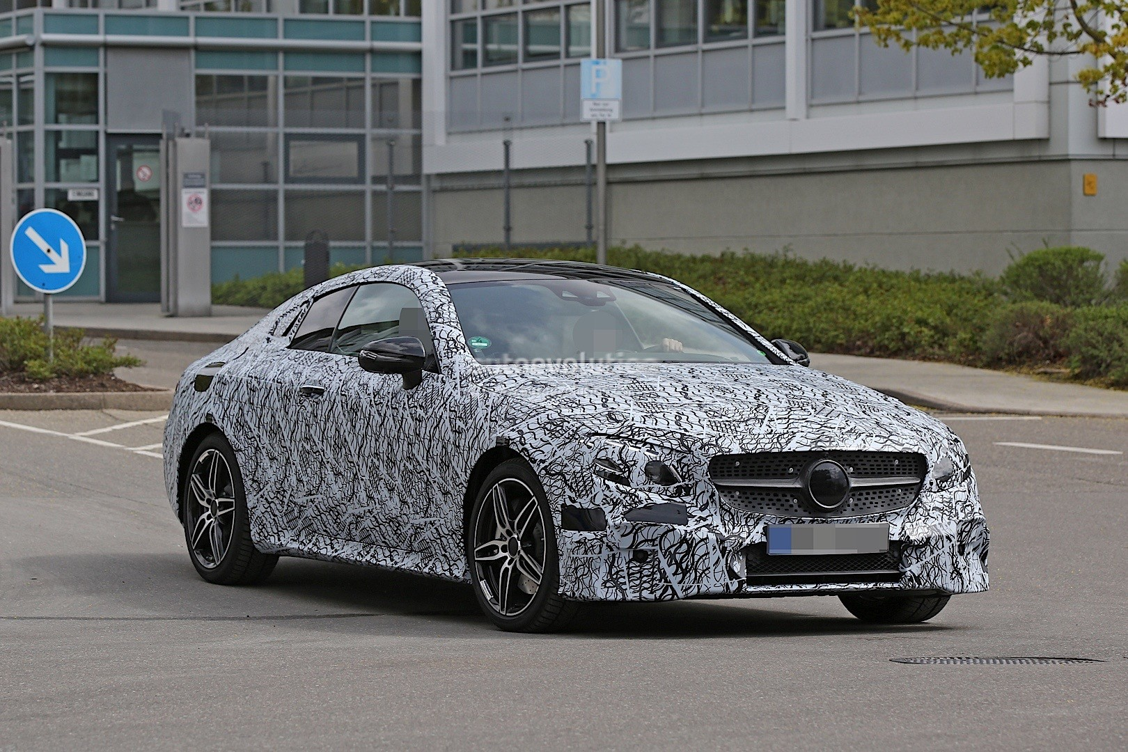 2018 mercedes benz e class coupe spied in germany. Black Bedroom Furniture Sets. Home Design Ideas
