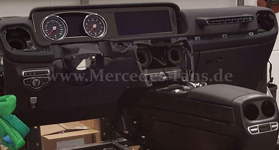 2018 mercedes benz g class w464 interior design spied autoevolution. Black Bedroom Furniture Sets. Home Design Ideas