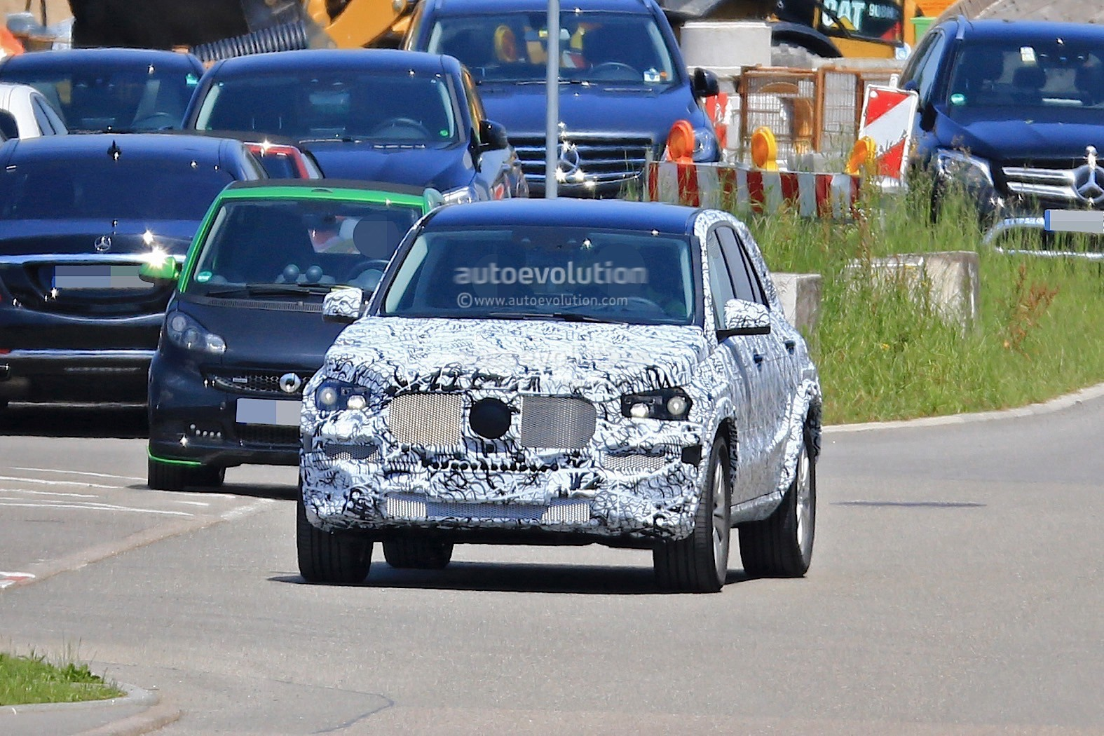 2018 Mercedes Benz Glb Starts Testing With Production Body
