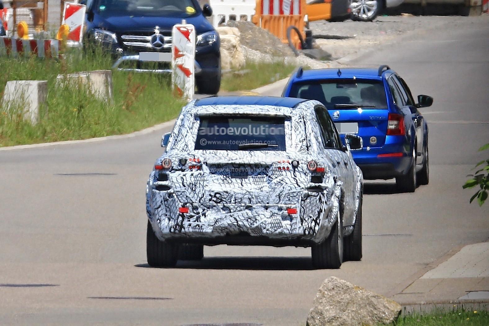 Mercedes-Benz GLB 2018 100