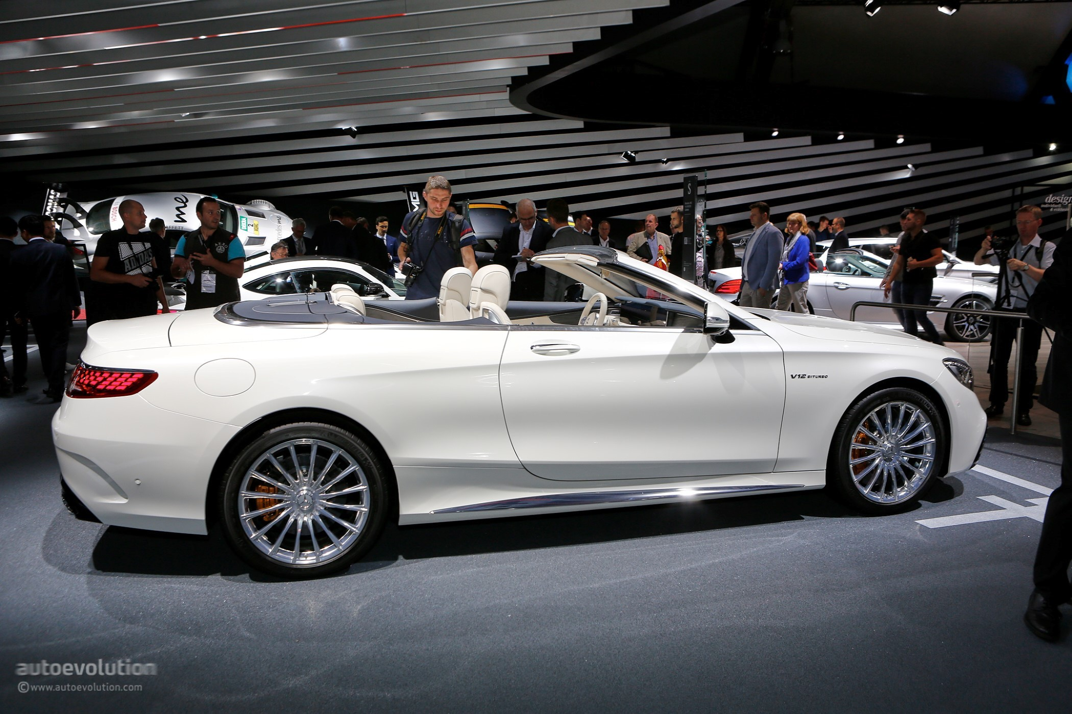 2018 Mercedes Benz S Class Coupe Cabriolet Show Off Oled