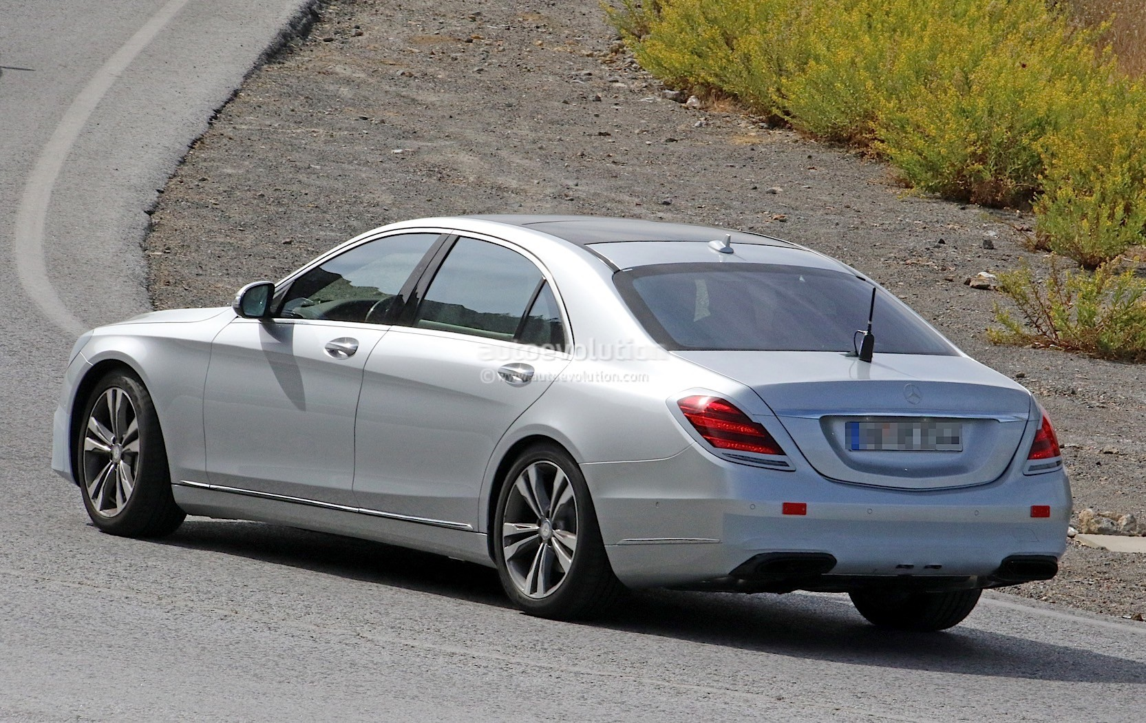2018 mercedes benz s class flaunts its subtle facelift for The latest mercedes benz