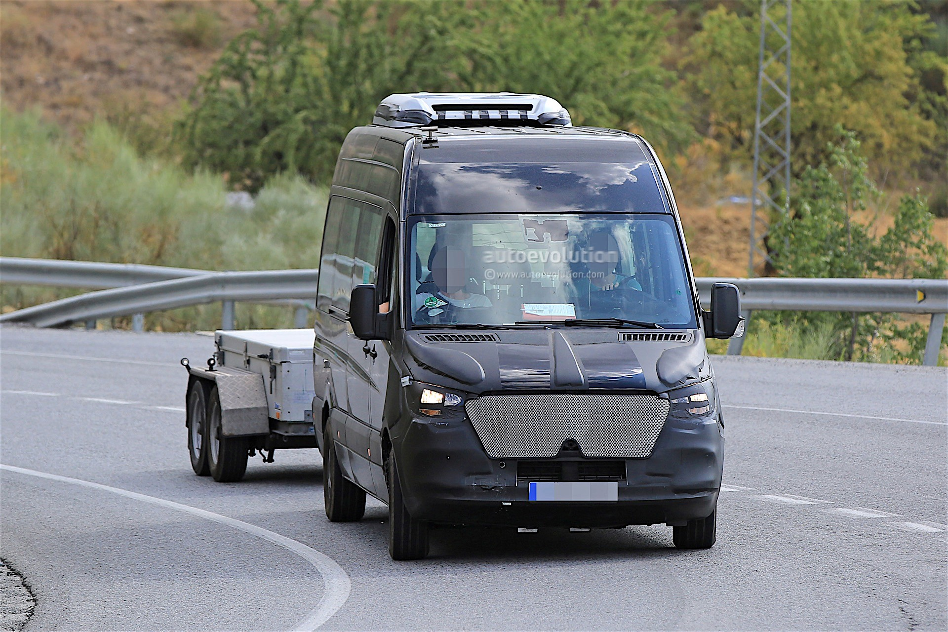 2018 mercedes benz sprinter prototype spotted with thin for Mercedes benz gallery