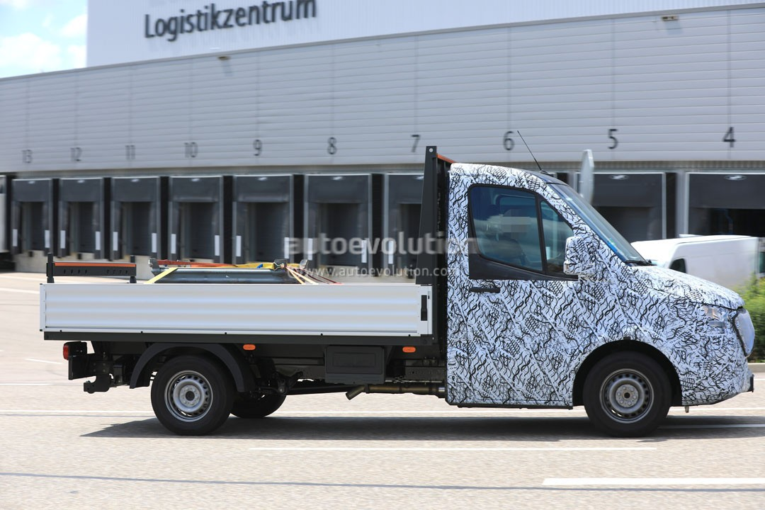 2018 Mercedes Benz Sprinter Spied In Production Guise, Changes Camouflage